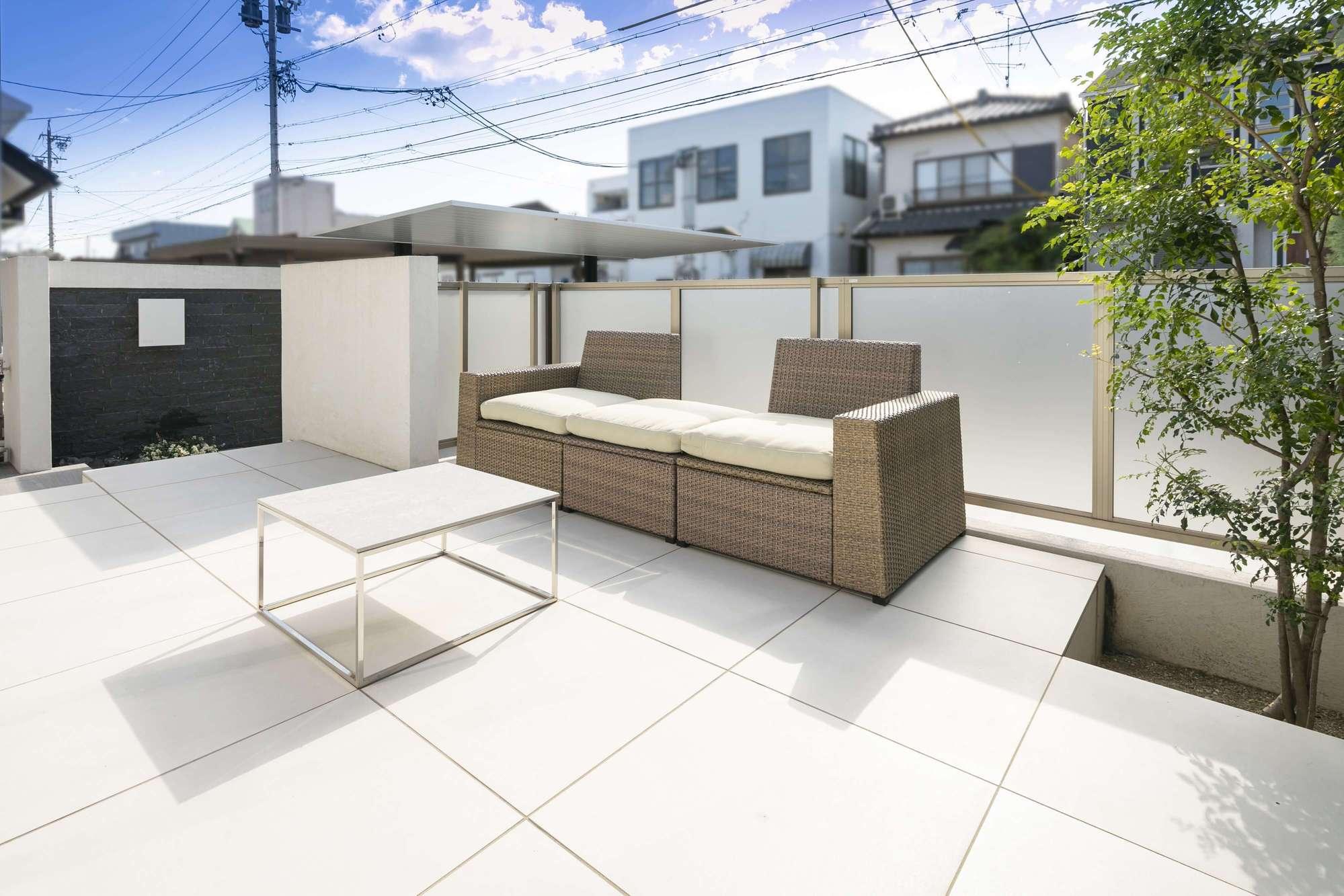 庭 ガーデン ラグジュアリー リビングガーデン タイルテラス