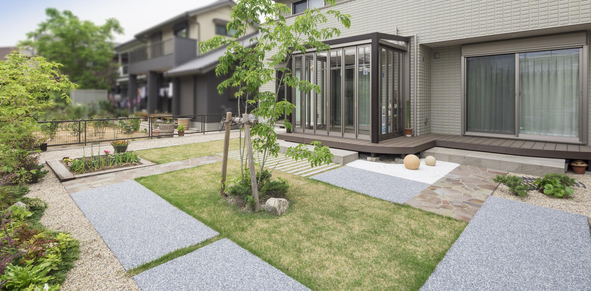 リフォームガーデン 家庭菜園 瓦 植木